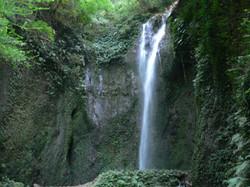女山滝(めやまたき)