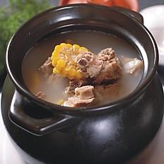 老火靓汤/Chef's Special Soup of The Day