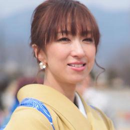女流書家、島田蒼月のアーティストページプロフィール