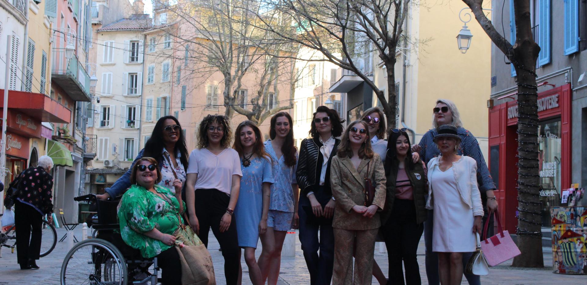 Défilé de mode des commerçants de la rue