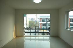 4th floor 2 CS030.JPG
