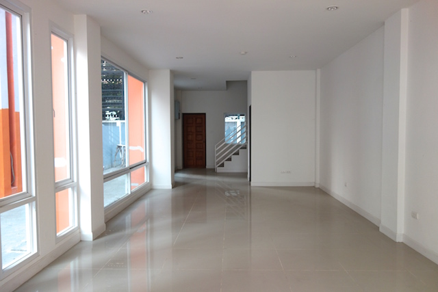 Ground floor CS030.JPG