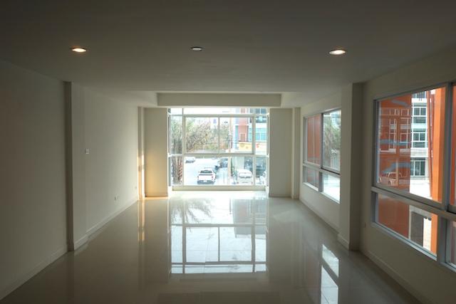 3rd floor CS030.JPG