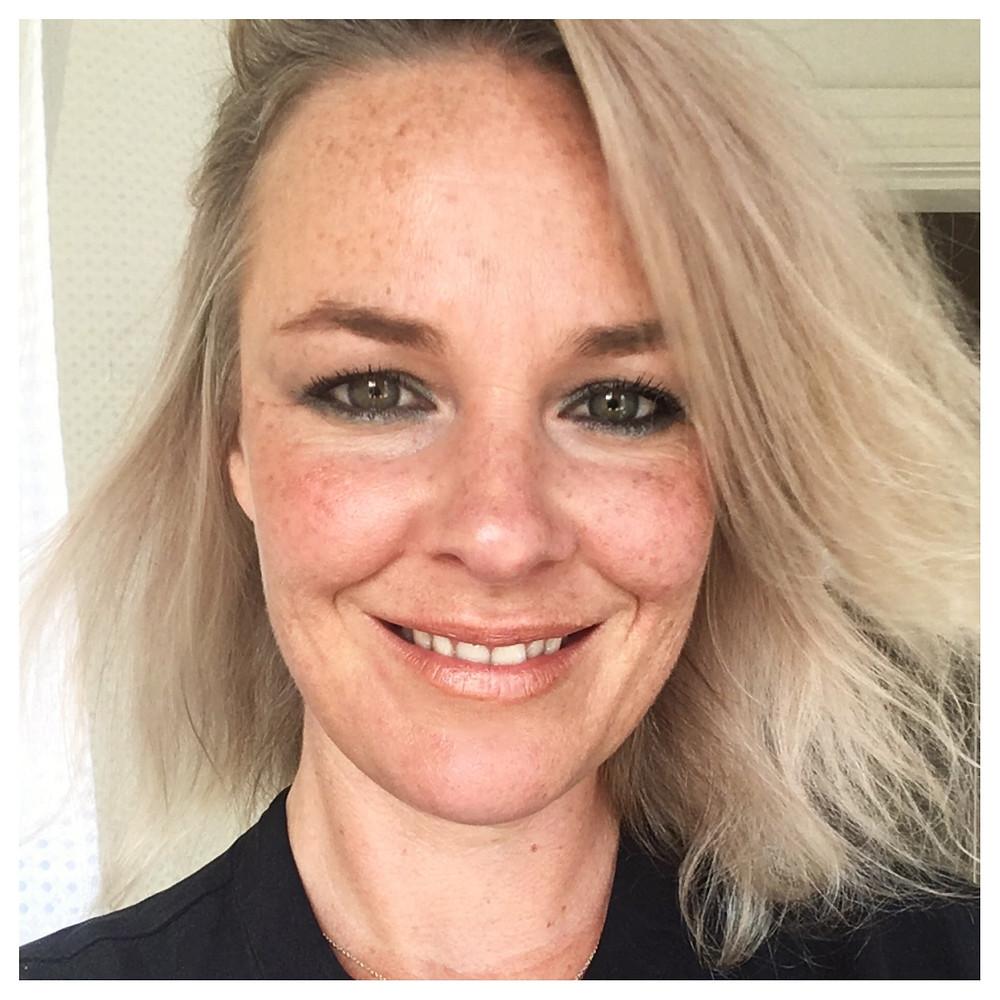 makeup artist tips eye makeup ideas a smokey eye for women over 40