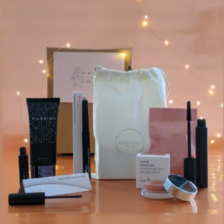 amanda ramsay beauty boxes for mature women over 40