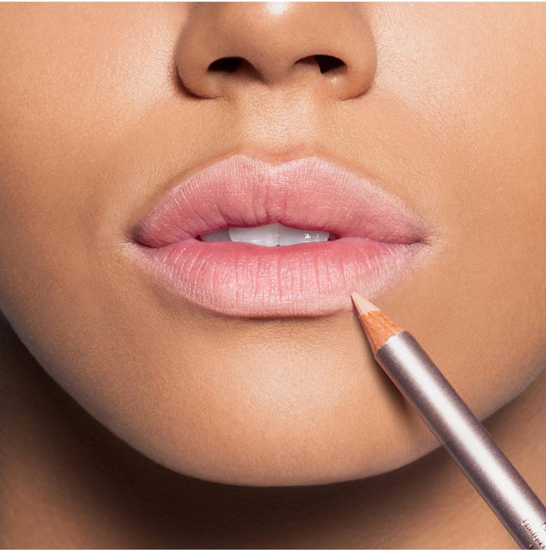 fuller looking lips for women over 40