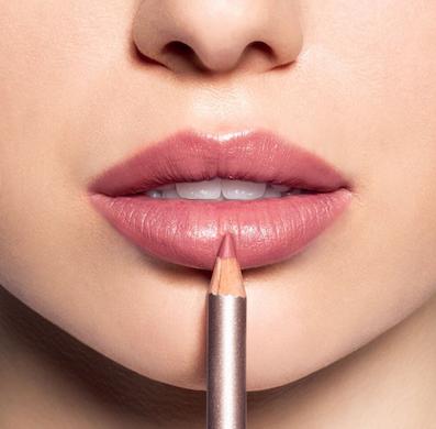 longer lasting lipstick for over 40's