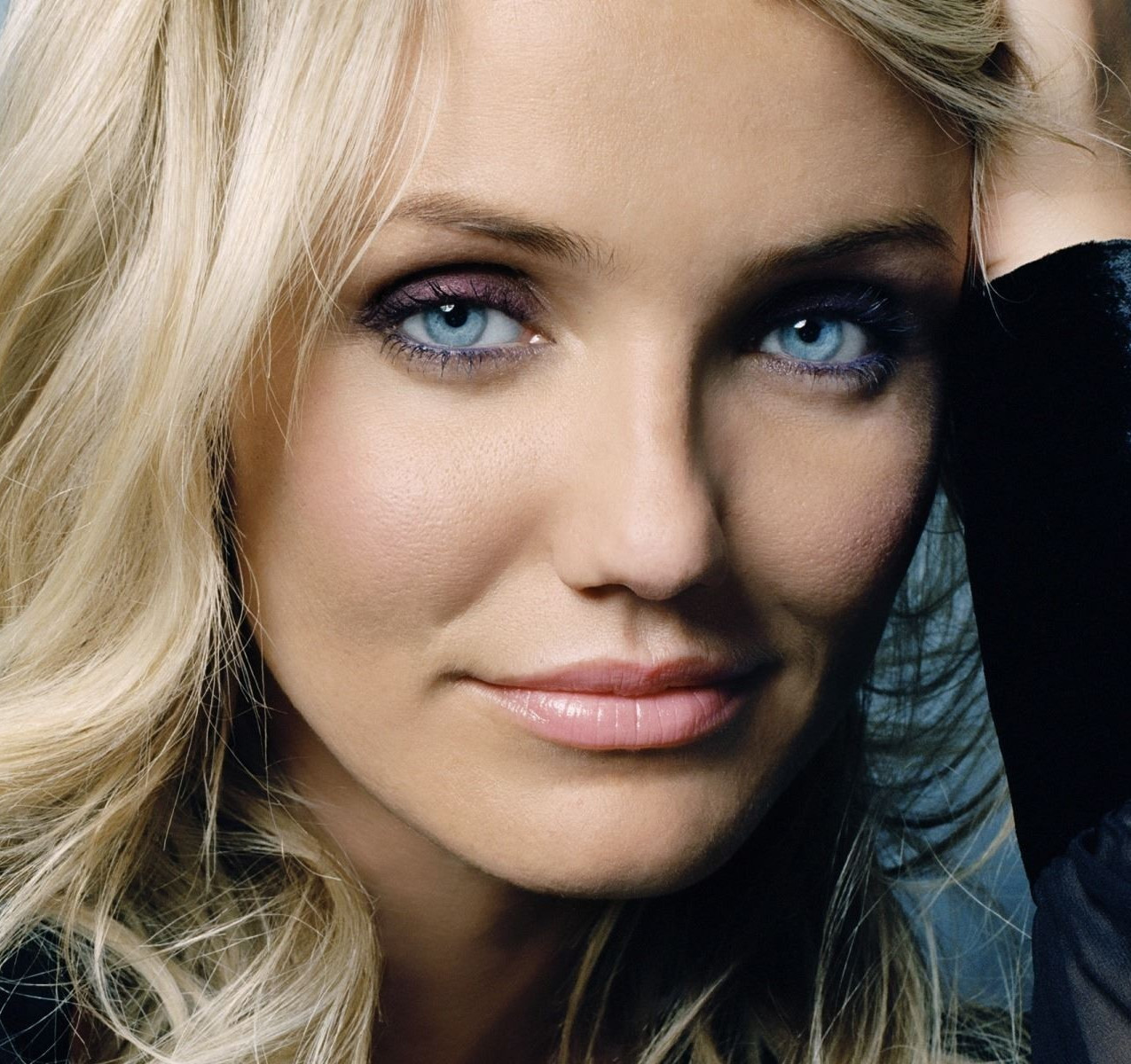 cameron-diaz-purple-eye-makeup-1