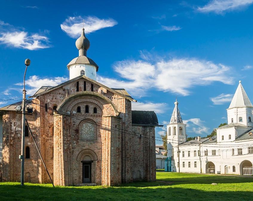 Церковь Параскевы Пятницы, 1207 г.