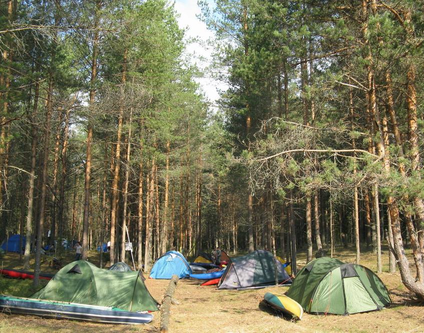 Сплав по реке Мста, лагерь