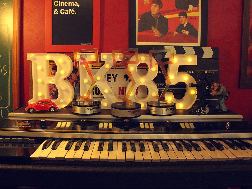 Bunker_85_Premios_Capa_web.jpg