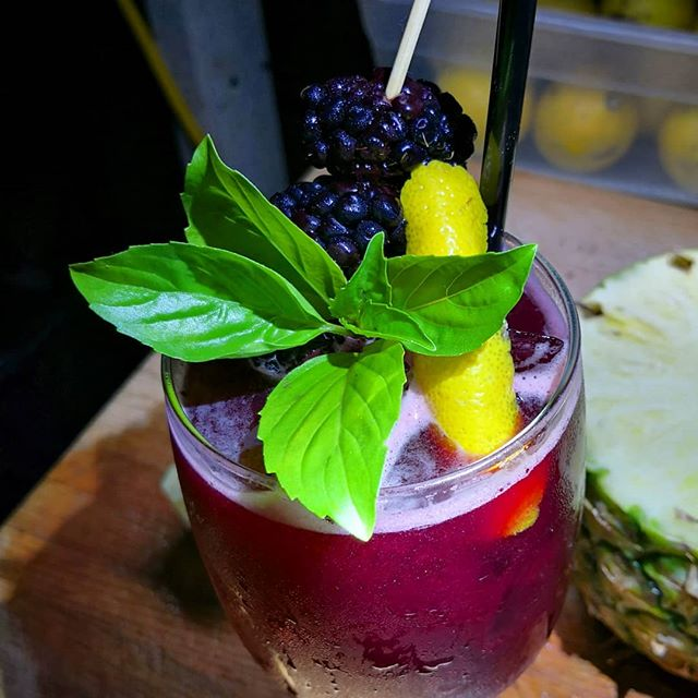 Blackberry Bourbon Smash  #lexingtonnc #