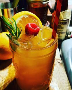 Bourbon Buck with peach puree 🍑 #lexingtonnc #lexington #nc #smalltown #shoto #purveyorsofvice #att