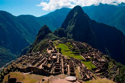 Explore Machu Pichu