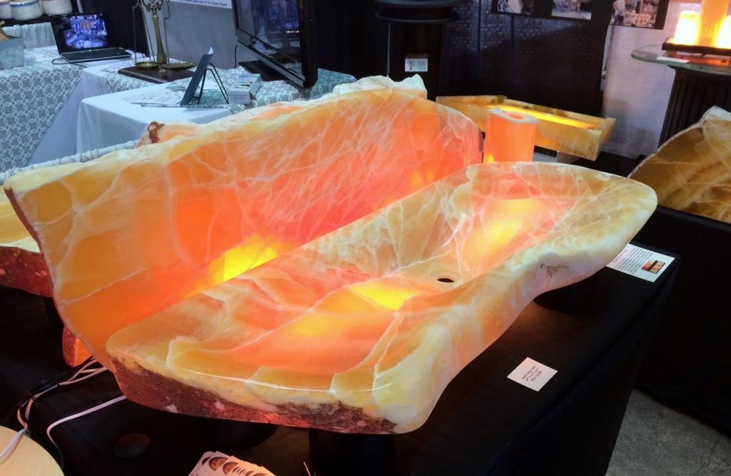 Amber Onyx Long Sink Lighted