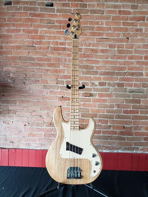 Peavey T-20 Bass 1983