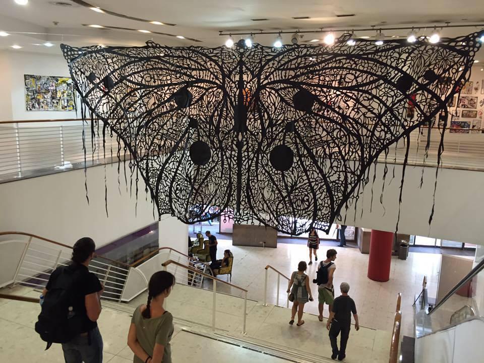 mariposa en el Centro Cultural Borges