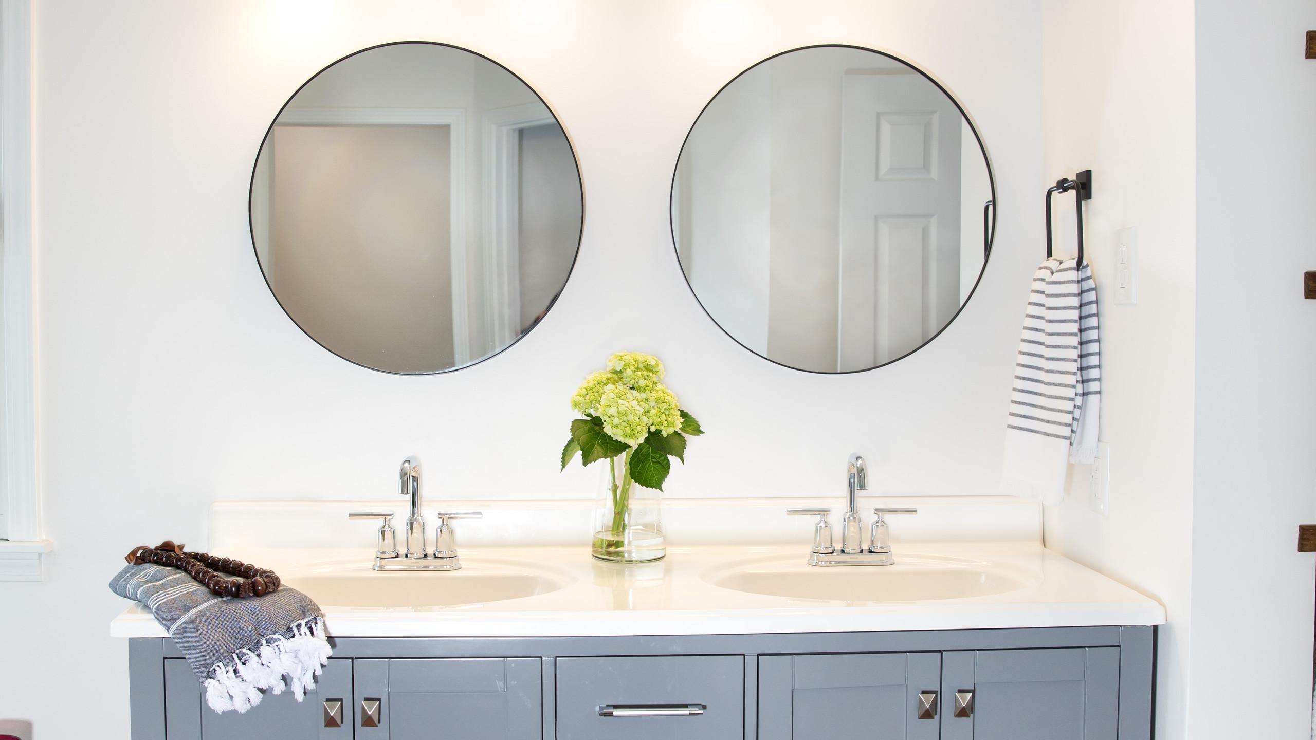 Sleek Vanity Details