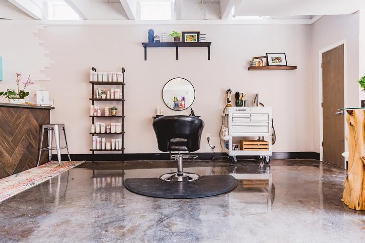Chic Salon Space