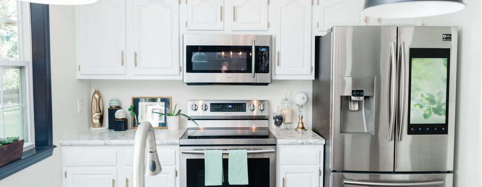 Sleek and Stylish Kitchen