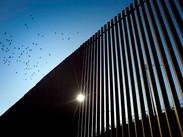 Pentágono de EU aprueba fondos militares para el muro fronterizo de Trump