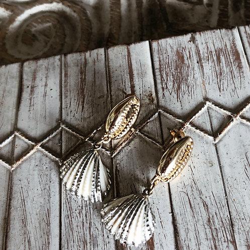 SEINA Shell Earrings