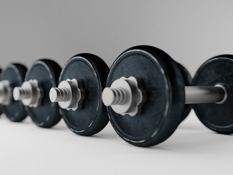 3 Expert Tips to Choosing Weights for an Online Strength Training Class