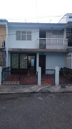 Se Vende casa en Barrio Mutis Cod-90050