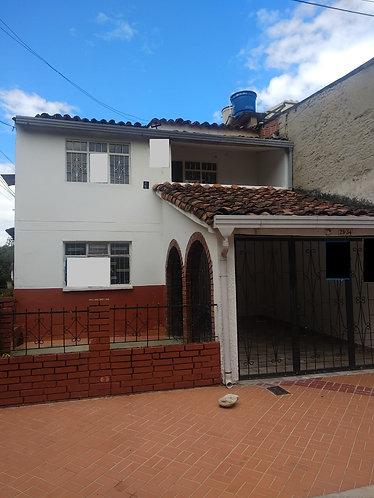 Se Arrienda Casa en Molinos Bajos Cod-80068