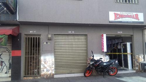 Se vende Local en Poblado Giron Cod-90015