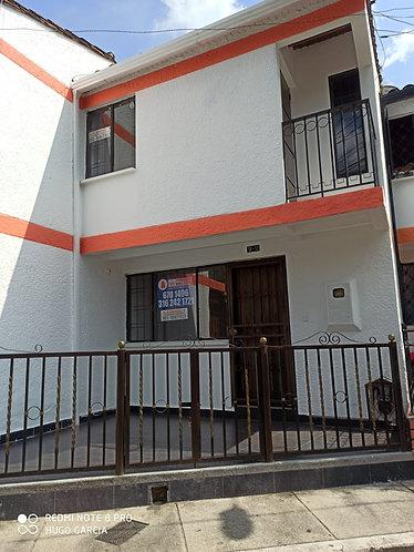 ARRIENDO CASA FLORIDABLANCA BARRIO NOGALES HERMOSA-cod 659864