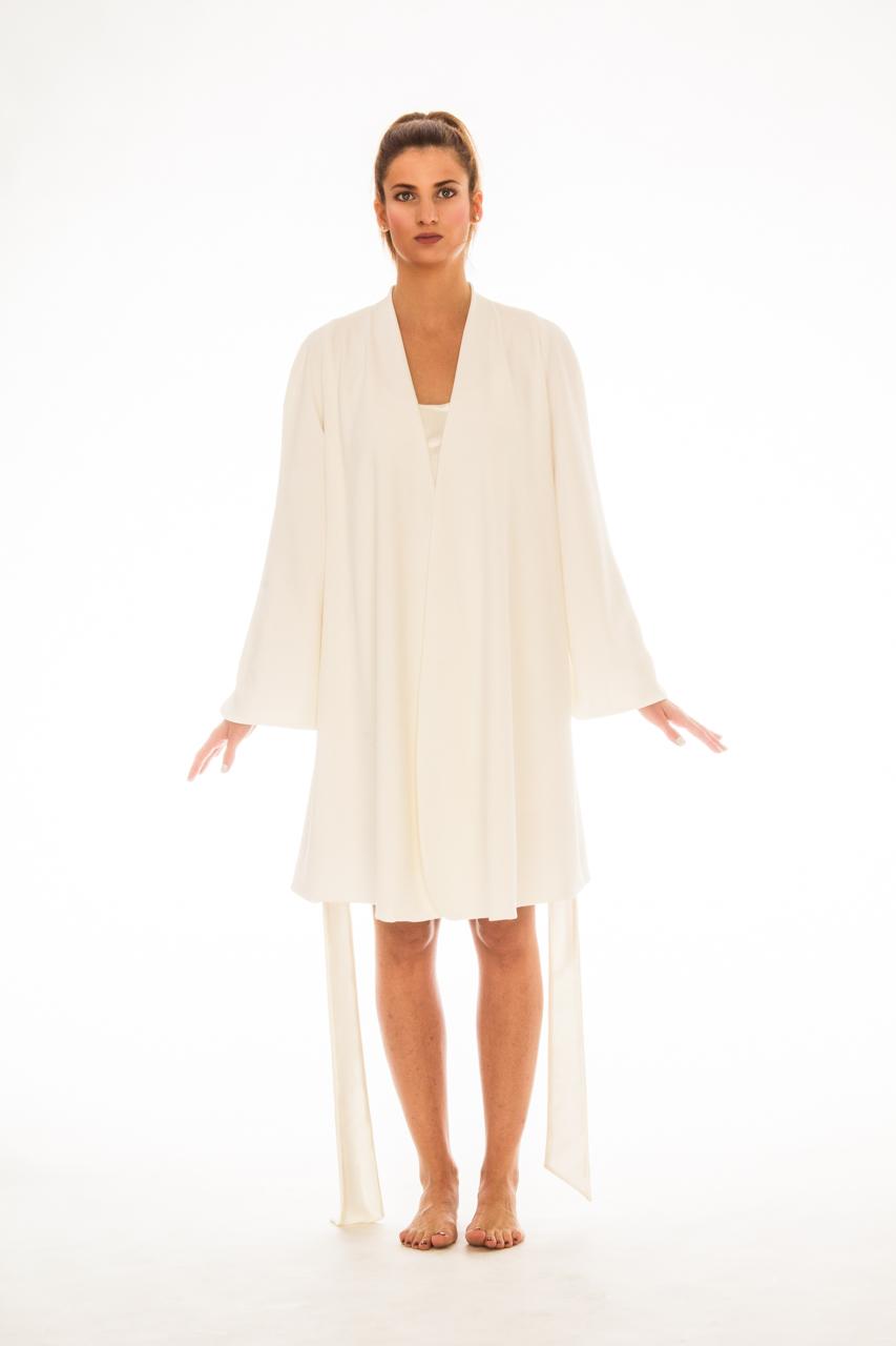 Fehér selyemköntös | Christina