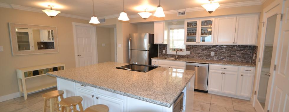 115 Kitchen1.jpg