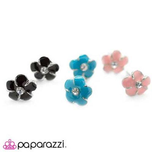Flower Starlet Shimmer Earrings