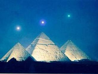 whitepyramids.jpg