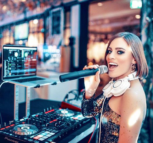 DJ Chloe.jpg