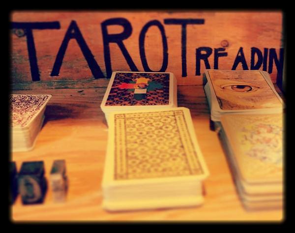 tarot 2_edited.png