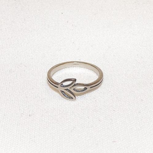 'Olive Branch' Ring