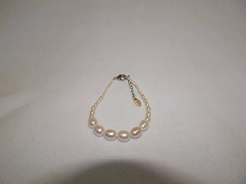 'Growing in Love' Bracelet