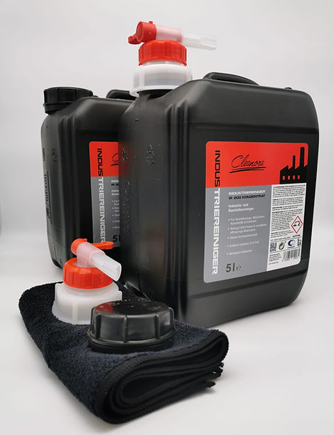 5 liter with valve and cloth.jpeg