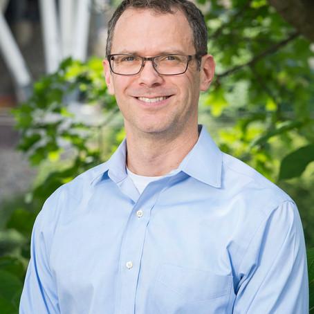 Jay Whitacre awarded UofL renewable energy prize