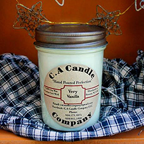 Fundraiser: Very Vanilla 8oz Soy Candle