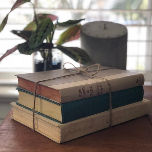 OLD BOOK SET