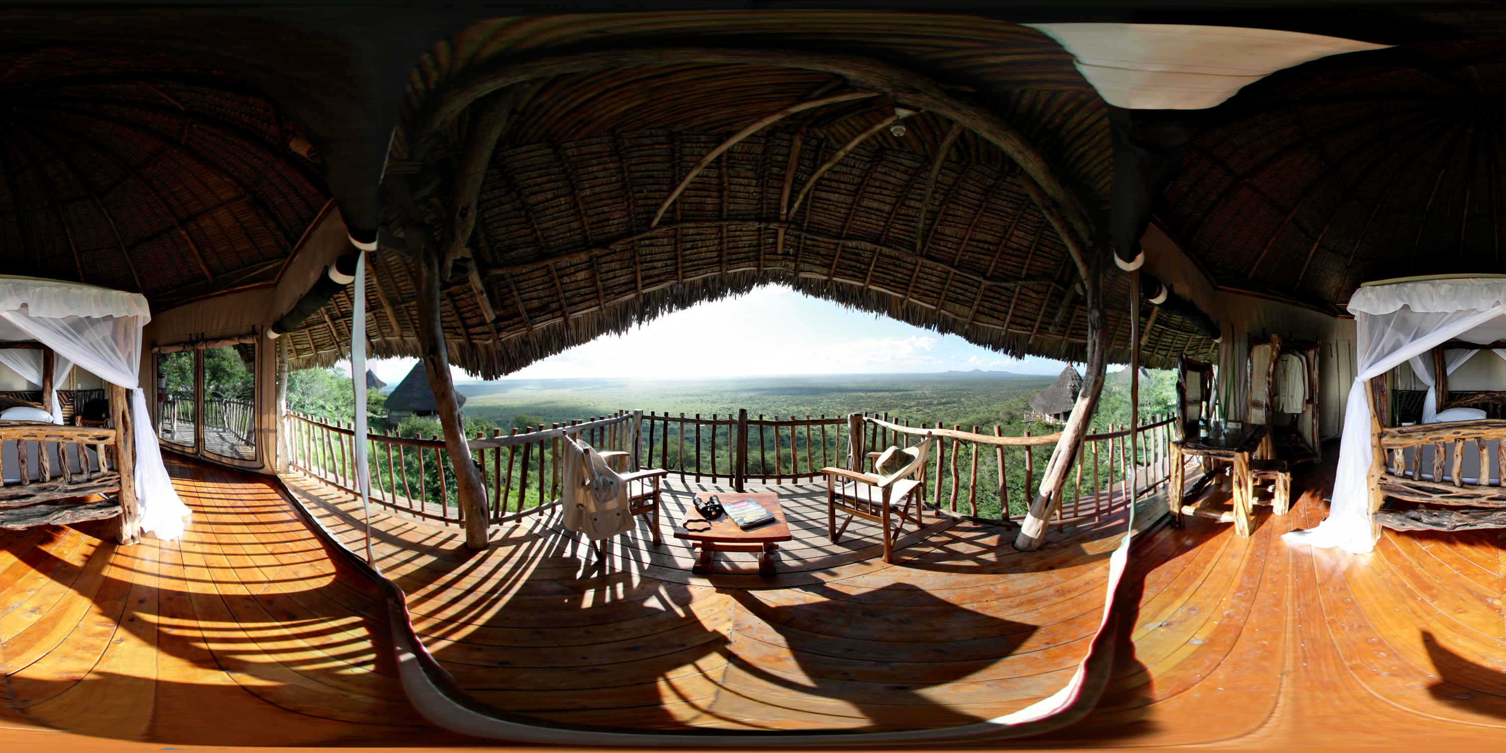 Lions Bluff Lodge - Kenya