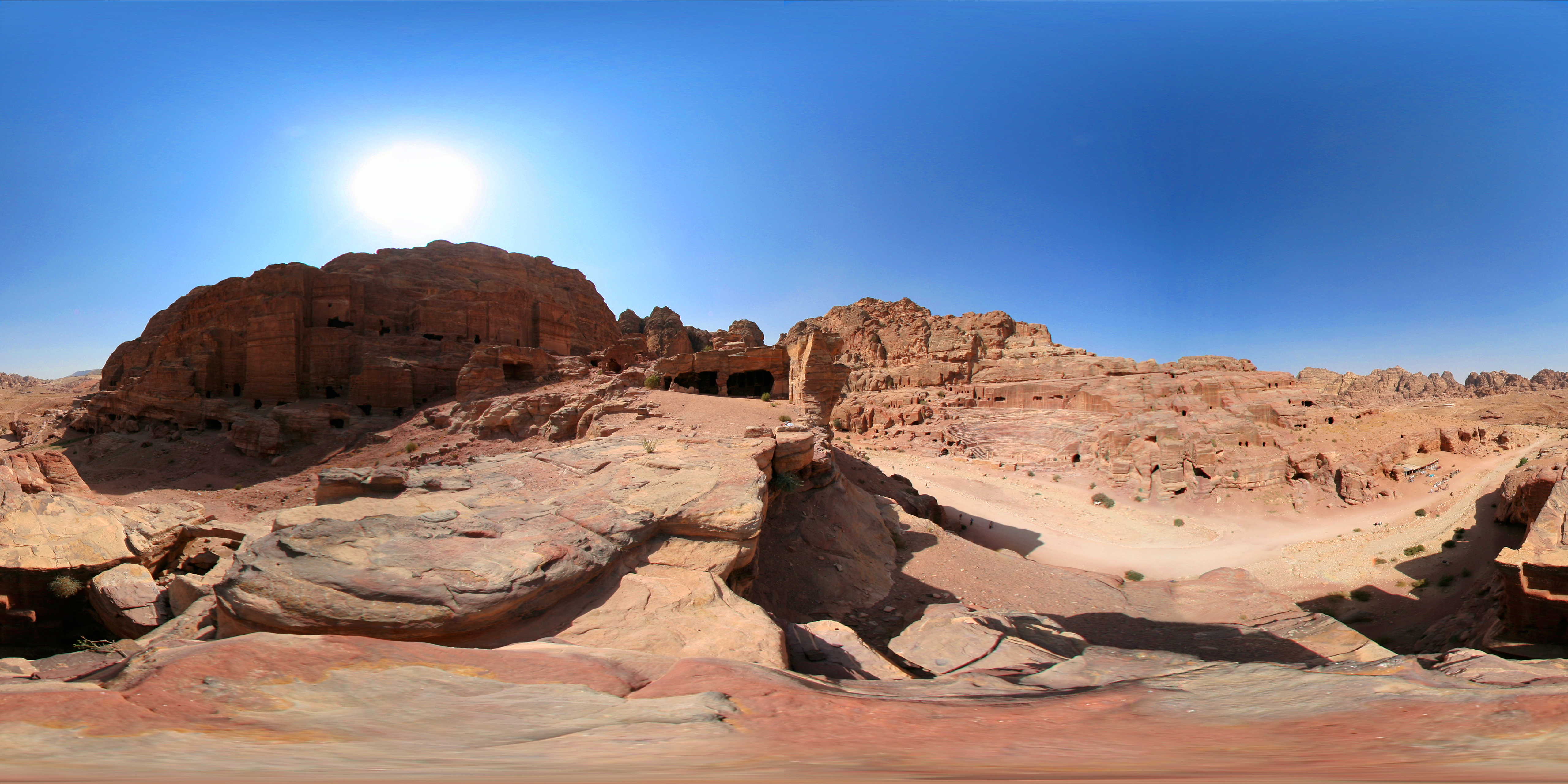 31 Amphitheatre View