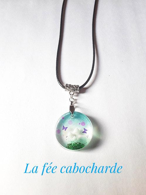 "Collier ""Fairy garden"" rond champignons"