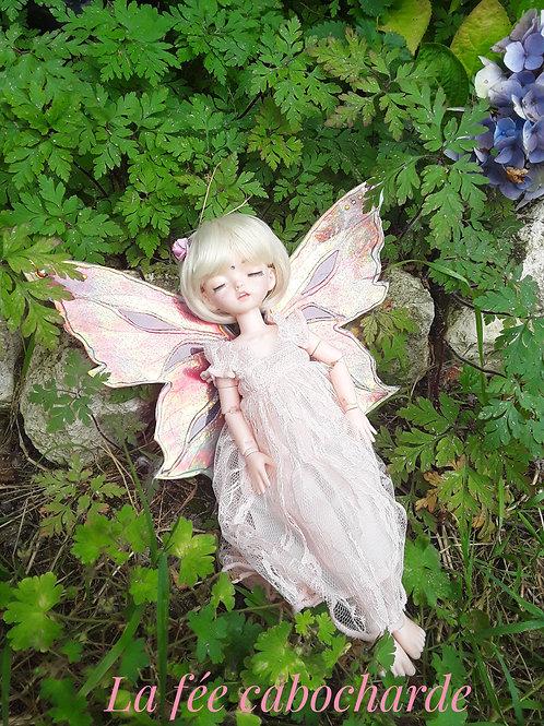 Flora petite fée endormie (30 cm)