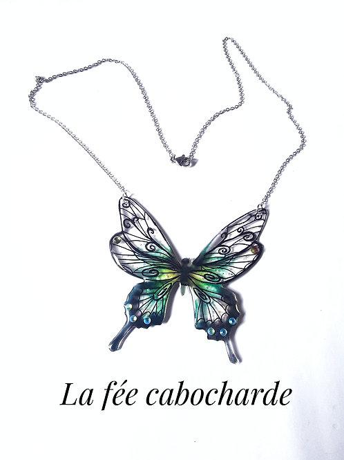 "Collier ""Papillon arabesque"" vert"