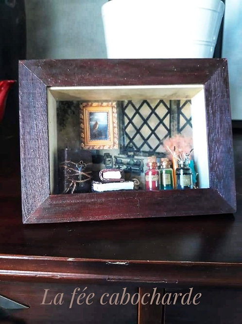 """Vitrine miniature """"Ecole de magie"""""""