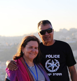 Ap. Lins e Pra. Jucilene em Israel.